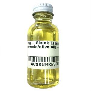 Skunk Essence, (with canola/olive oil) - 1 oz.