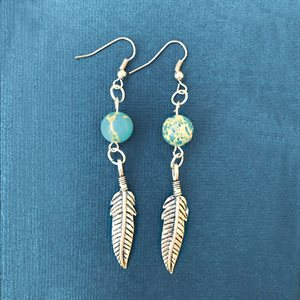 Silver Earings With Bead And Feather